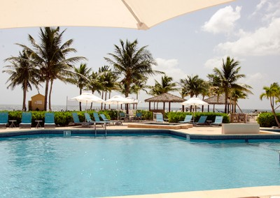 Holiday-Inn-Resort-Pool-Grand-Cayman